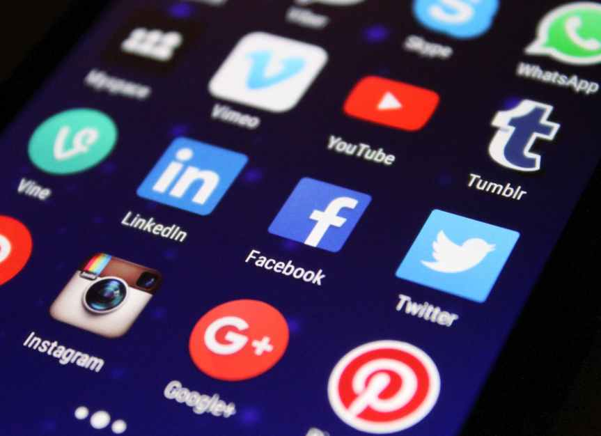 WHAT IS SOCIAL MEDIAMARKETING?
